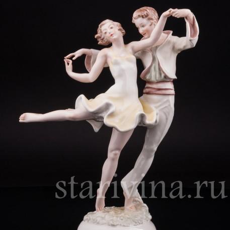 Уцененная статуэтка из фарфора Танцующая пара, Hutschenreuther, Германия, 1938-55 гг.
